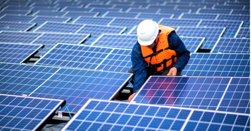 3 Tips to Keep Your Solar Panels Well-Maintained